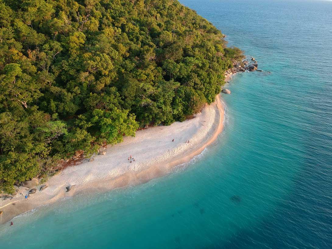 Fitzroy Island Nudey Beach Plage