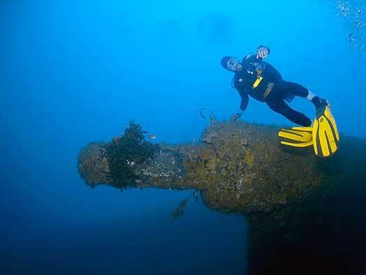 Plongée sur le SS President Coolidge - Copyright Ian Banks - Copyright Allan Power Dive Tours