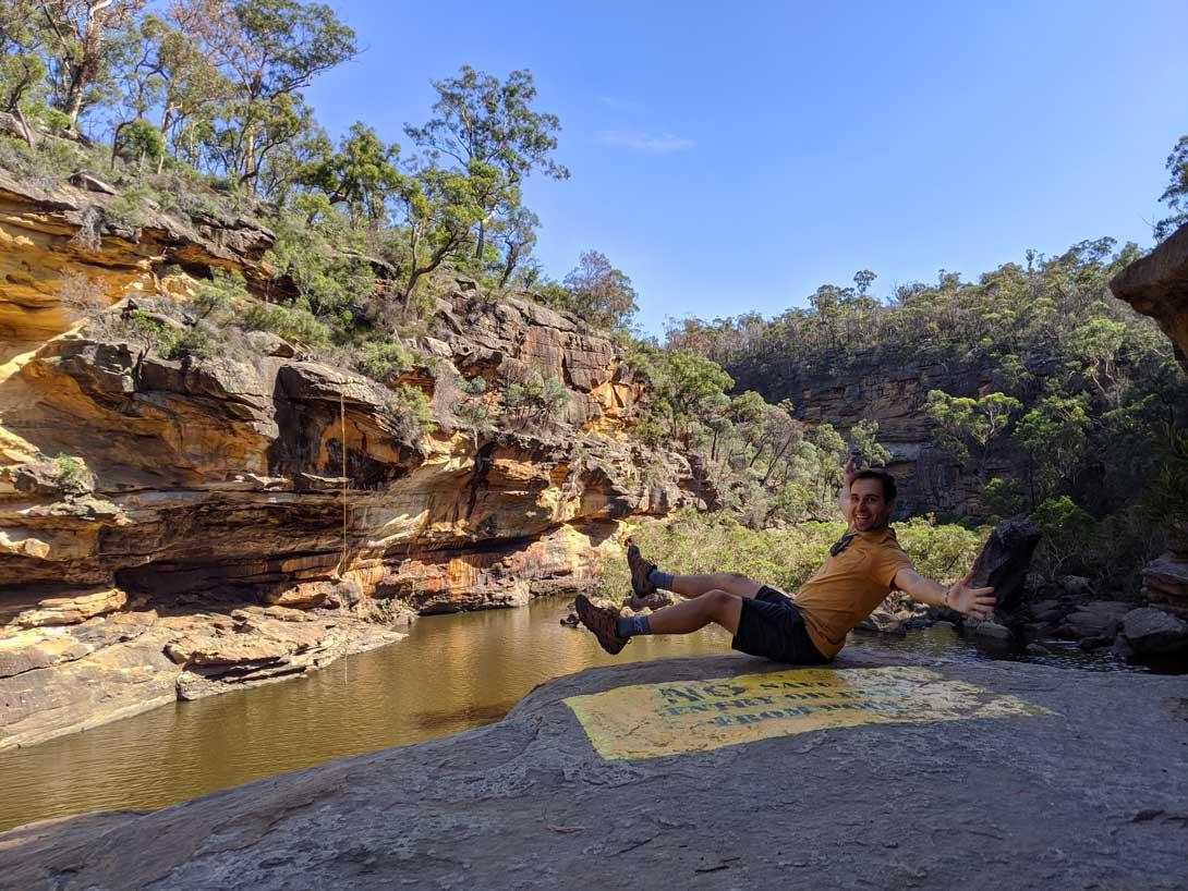 Petite pause au sommet de la falaise surplombant la Mermaids Pool