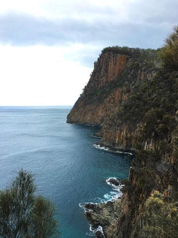 Les falaises de Fluted Cape, Bruny Island, Tasmanie