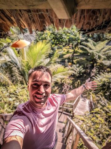 Cabane dans un banyan tree Tanna IMAIO Village