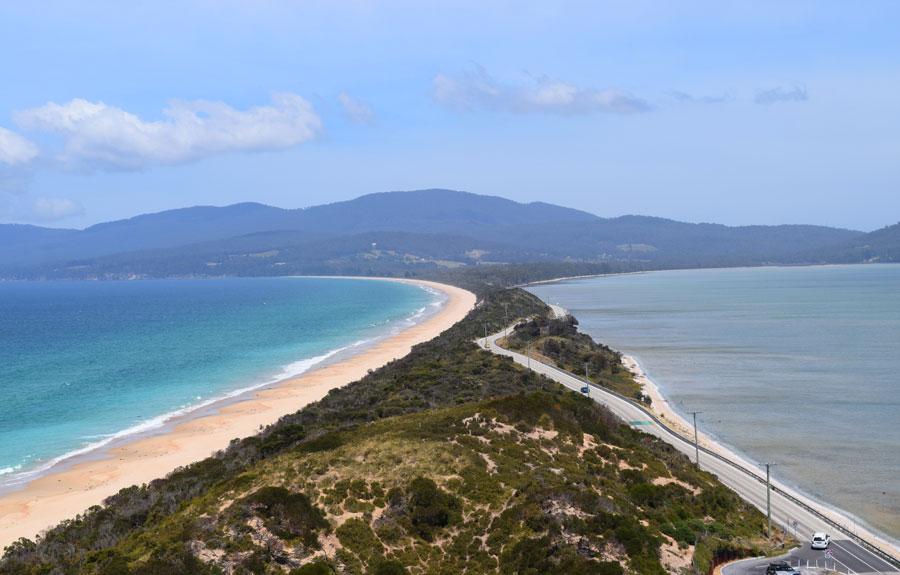 Vue du haut du point de vue The Neck sur Bruny Island