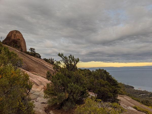 Photos des rochers à escalader lors de l'ascension du Mt Amos au Freycinet National Parc
