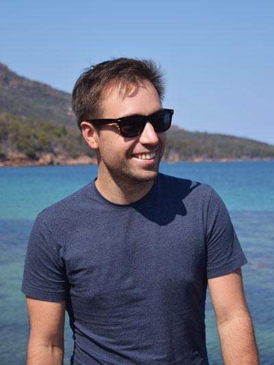 Portrait de Mika au Freycinet National Park - Exploring Paw