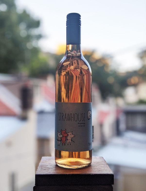 Bouteille de vin du domaine Strawhouse Wines