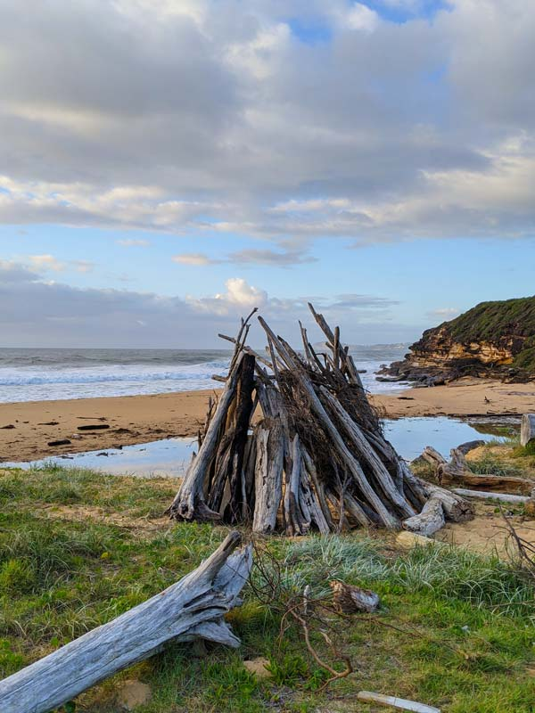 Cabane en bois sur la plage