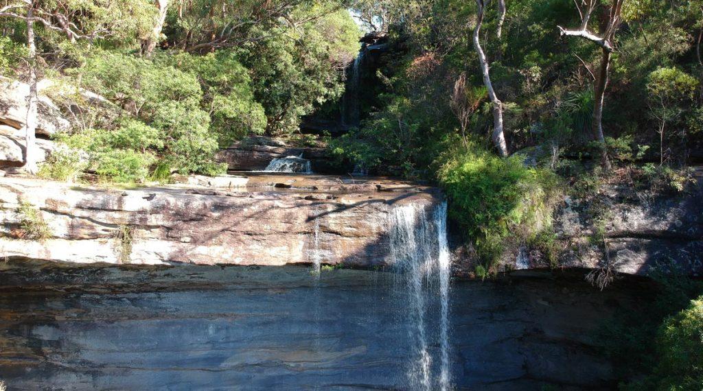 Chutes d'eau de la cascade National Falls