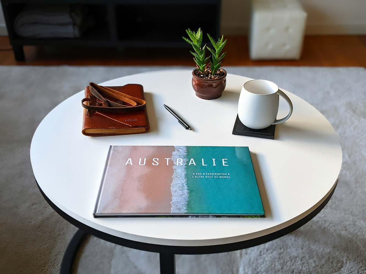 Mon livre photo classique Colorland sur ma table à café