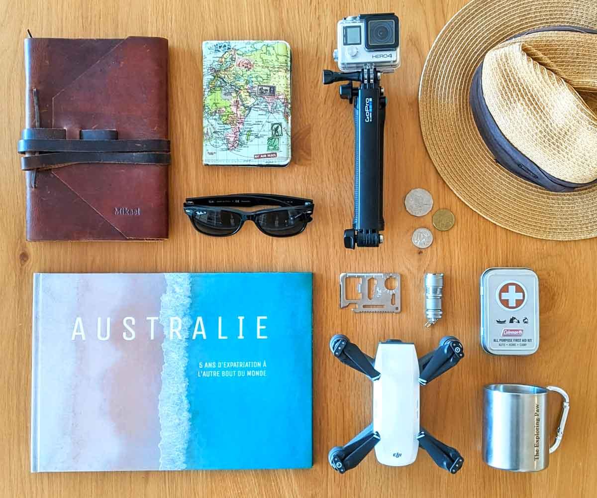 Livre Photo Classique réalisé avec le site Colorland, ainsi que des accessoires de voyage