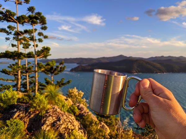 Tasse de café Exploring Paw au sommet de Hamilton Island