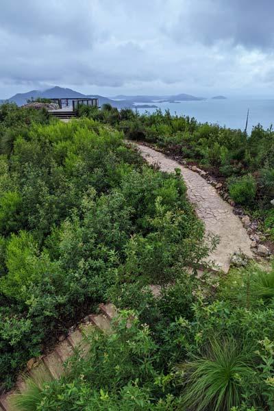 La plateforme en bois et point de vue de Passage Peak